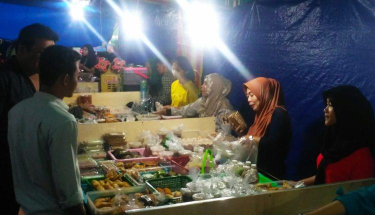 Pasar Kuliner Ramadan Bangbarung. (FOTO : Andi/Heibogor)